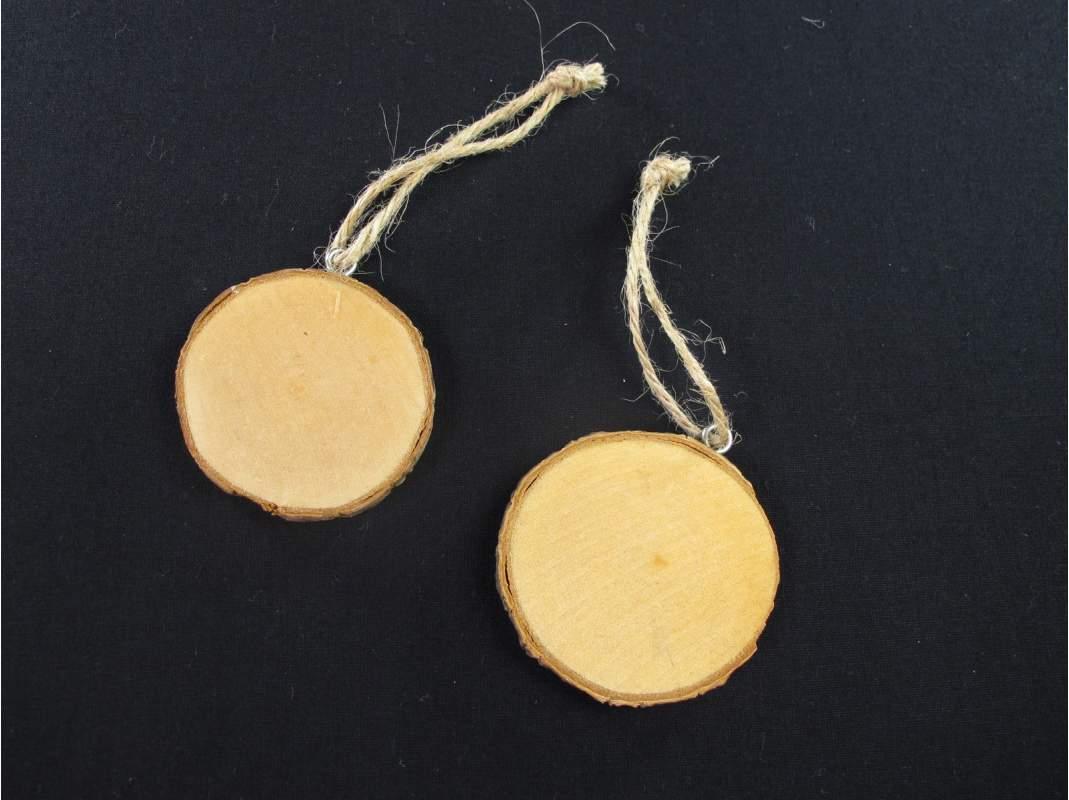 Petits rondins de bois pour la d co de table decofete - Rondin de bois deco table ...
