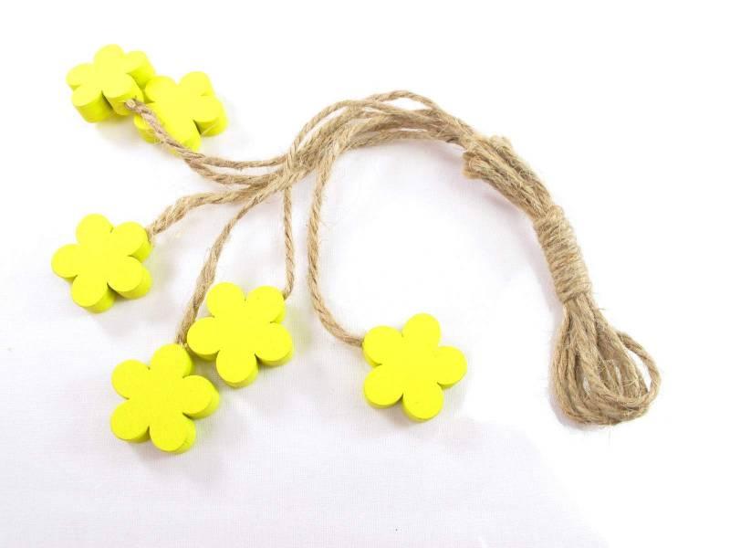 Fleur bois et ficelle déco printemps - Jaune