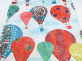 Chemin de table coloré motif montgolfière