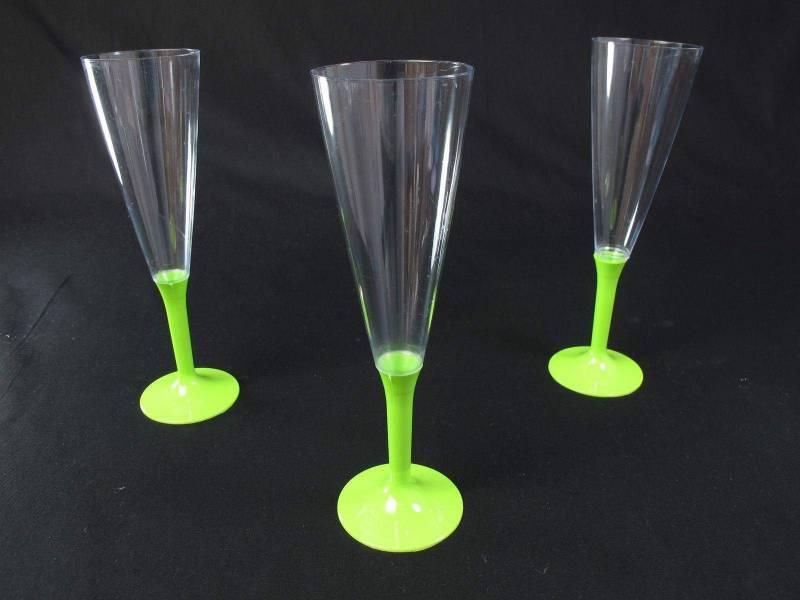 Flûte à Champagne en plastique pied  Vert Anis
