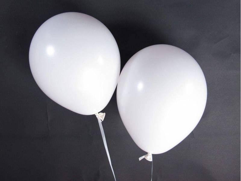 50 ballons Fête et Mariage Blanc Ø27cm