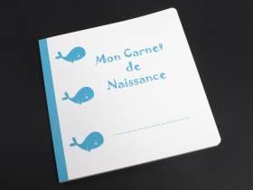 Carnet de naissance baleine bleu