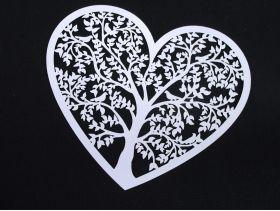 Coeur arbre découpé à disperser déco mariage 13,5x11,5cm
