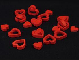 Petit cœur en bois pour déco de table de mariage – Rouge