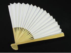 Eventail en bamboo et papier blanc de 23cm