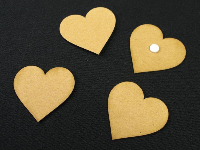 Coeur papier kraft adhésif 4cm x24